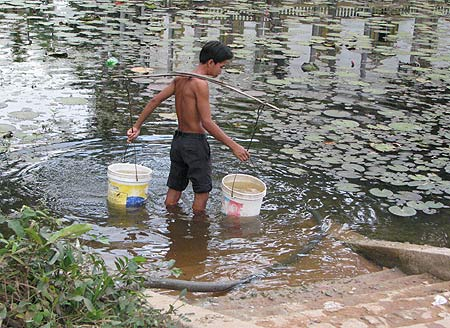 Wassertraeger in Tani