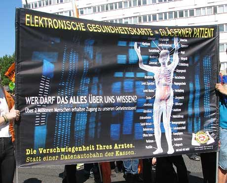 Plakat gegen Gesundheitskarte