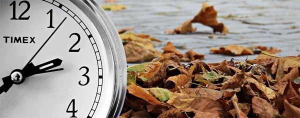 Zeitumstellung Symbolbild Uhr